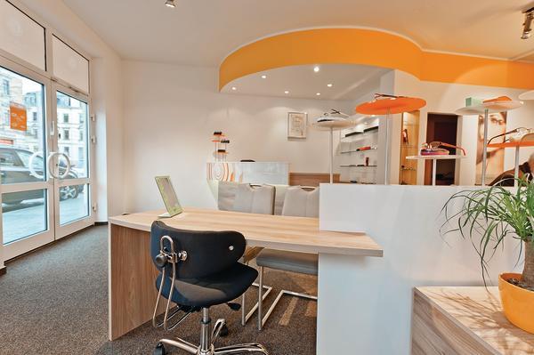 positive atmosph re geschaffen geilert gmbh der augenoptiker. Black Bedroom Furniture Sets. Home Design Ideas